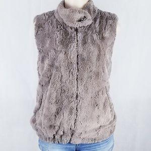 Sanctuary faux fur vest!